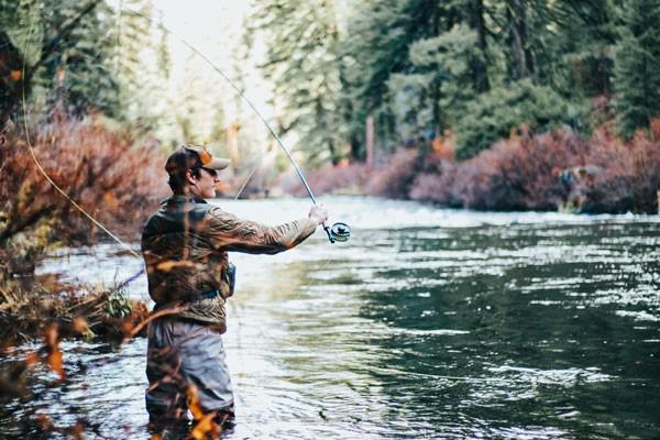 Bass-Fishing-in-the-Rain