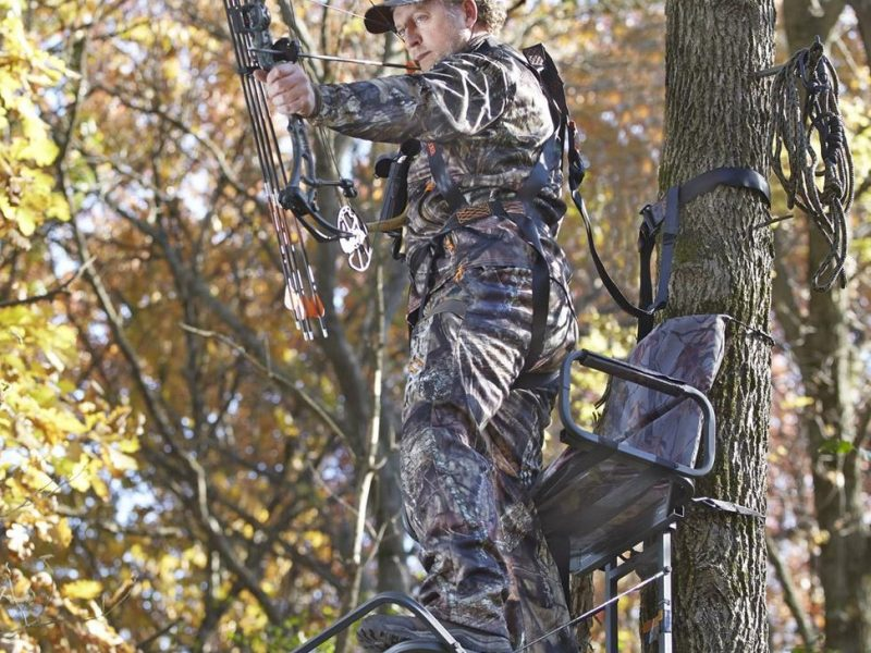 Climbing Tree Stands for Deer Hunting
